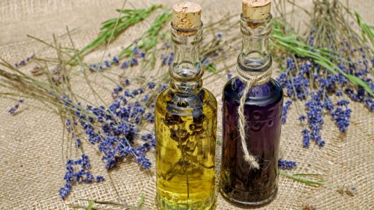 Essential Oils in Dentistry