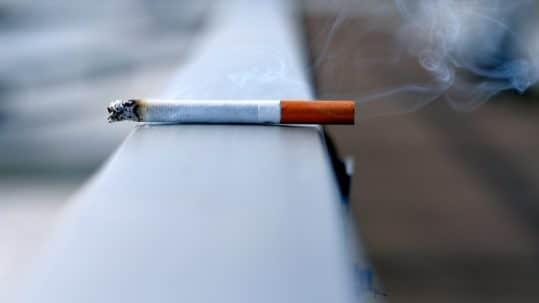 smoking effects on teeth